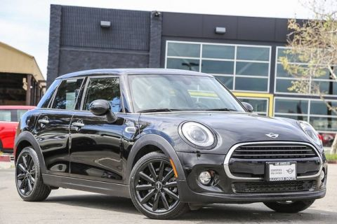 Certified Pre-Owned 2017 MINI Hardtop 4 Door Cooper